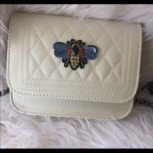Bee shoulder bag